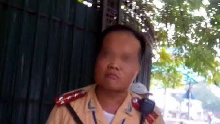 """Công an Hà Nội thông tin vụ clip """"tố"""" CSGT đánh người - 1"""