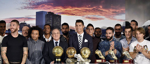 """Tự nhận là """"kẻ khốn"""", Ronaldo vẫn được săn đuổi - 2"""