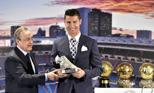 """Tự nhận là """"kẻ khốn"""", Ronaldo vẫn được săn đuổi - 4"""