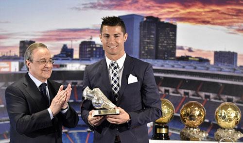 """Tự nhận là """"kẻ khốn"""", Ronaldo vẫn được săn đuổi - 5"""