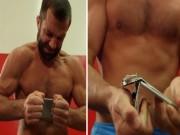 """Thể thao - Võ sỹ UFC bẻ gãy Iphone 6s dễ như """"ăn bánh"""""""