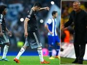 """Bóng đá - Mourinho hết """"đặc biệt"""": Chelsea rối như tơ vò"""