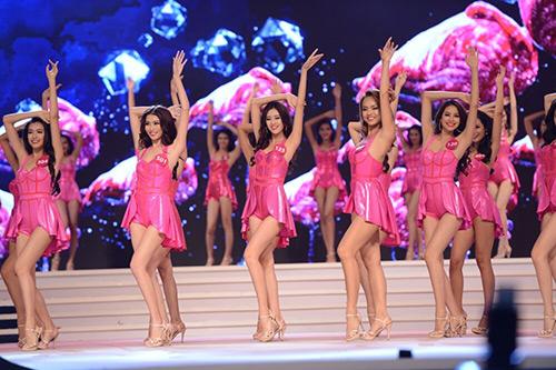 Phạm Thị Hương là tân Hoa hậu Hoàn vũ Việt Nam 2015 - 15