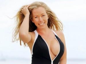 Thời trang - Người mẫu Playboy nhiều lần tự tìm đến cái chết