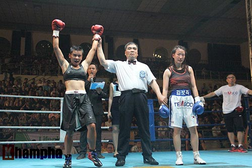Boxing: Lừu Thị Duyên tung seri đòn hạ võ sĩ Hàn Quốc - 3