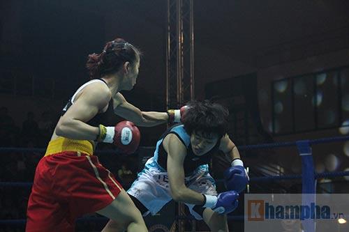Boxing: Lừu Thị Duyên tung seri đòn hạ võ sĩ Hàn Quốc - 4