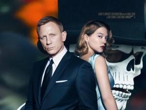 """Kẻ thù 007 """"bước ra ánh sáng"""" trong trailer cuối cùng"""