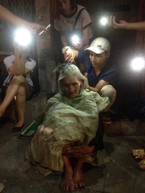 9X cắt tóc miễn phí cho người vô gia cư trong đêm - 1