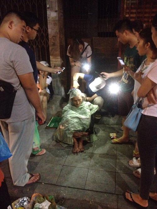 9X cắt tóc miễn phí cho người vô gia cư trong đêm - 2