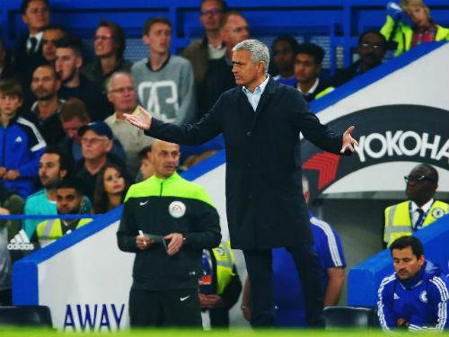 Được Abramovich ủng hộ, Mourinho chưa lo mất việc - 1