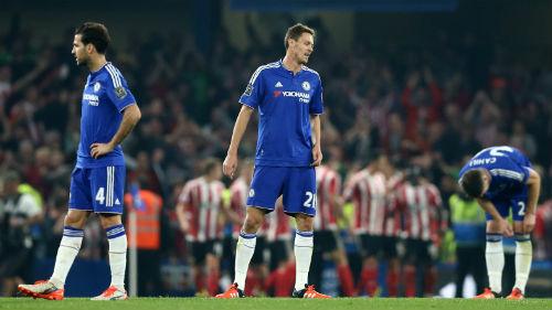 Được Abramovich ủng hộ, Mourinho chưa lo mất việc - 2