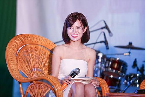 """""""Hot girl"""" Tú Linh choáng váng vì MU - 5"""