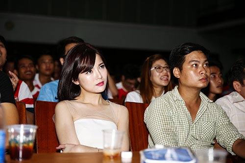 """""""Hot girl"""" Tú Linh choáng váng vì MU - 14"""