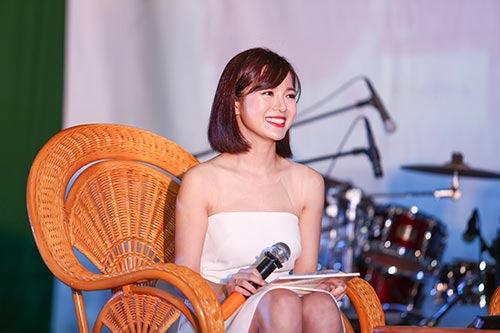 """""""Hot girl"""" Tú Linh choáng váng vì MU - 1"""
