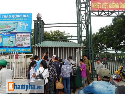 Đìu hiu người mua vé xem trận Việt Nam-Thái Lan - 1