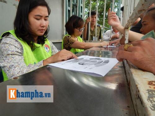 Đìu hiu người mua vé xem trận Việt Nam-Thái Lan - 5