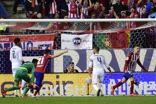 """Tiêu điểm V7 La Liga: """"Ngũ mã"""" cùng lùi - 2"""
