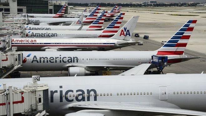 Phi công Mỹ tử vong khi đang lái máy bay chở 147 người - 1