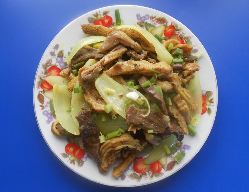 Lòng bò xào chua ngọt ở Quảng Nam - 3