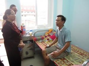 Việt kiều tại Lào vượt 200km cứu đồng hương gặp nạn