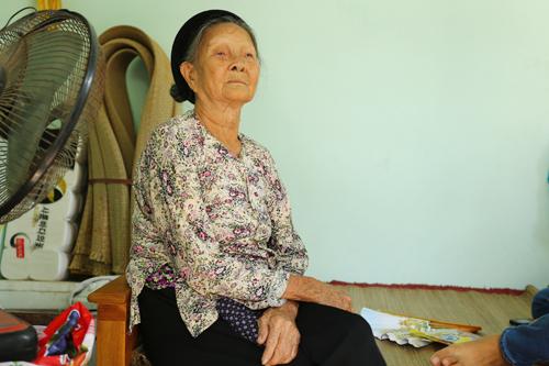 """Phạm Hương """"mờ tịt"""" về ngôi nhà tiền tỷ của gia đình - 3"""