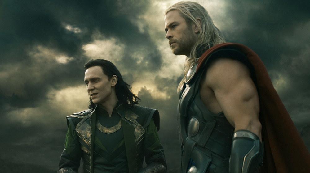 """Tom Hiddleston chua xót vì bị cắt khỏi """"Avengers 2"""" - 1"""