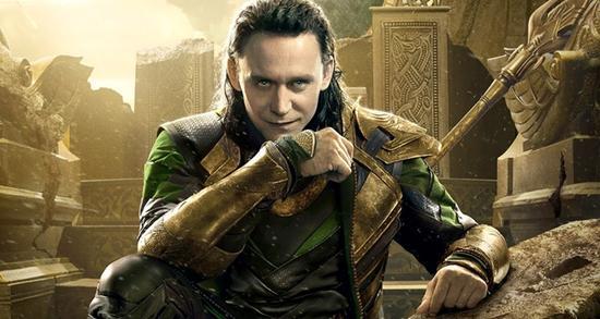 """Tom Hiddleston chua xót vì bị cắt khỏi """"Avengers 2"""" - 2"""