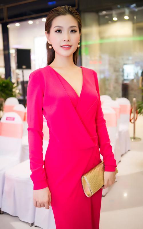 Hoa hậu Hương Giang khen gu thời trang của Diễm Trang - 4