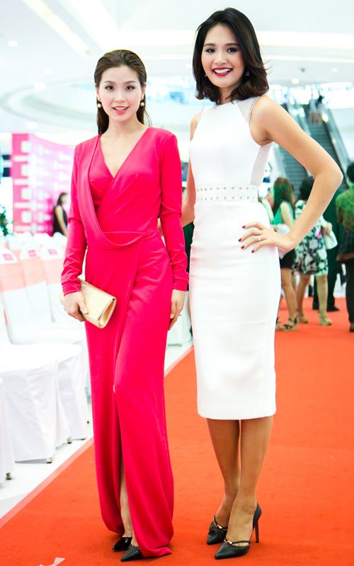 Hoa hậu Hương Giang khen gu thời trang của Diễm Trang - 2