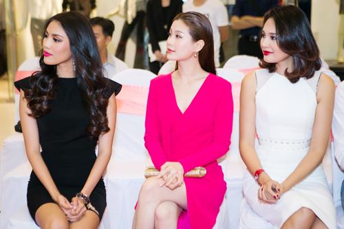 Hoa hậu Hương Giang khen gu thời trang của Diễm Trang - 5
