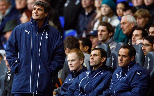 Mourinho và lời nói dối chân thật từ các ông chủ - 2