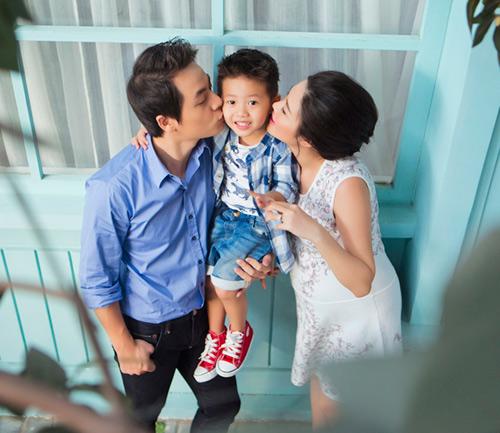 Đăng Khôi tung loạt ảnh dễ thương của cả gia đình - 6