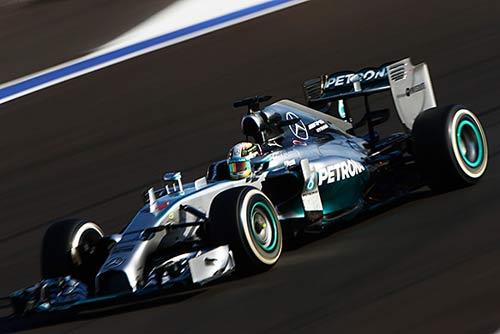 Mercedes: Giấc mơ vô địch thật gần nhưng cũng thật xa - 1