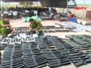 Video An ninh - Phát hiện gần 400 khẩu súng săn trong ôtô