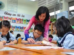 Giáo dục - du học - Lương giáo viên tiểu học sẽ được tính theo 3 hạng