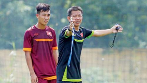 Kiên định đầu tư cho bóng đá trẻ - 1