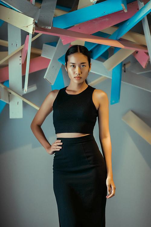 """Người đẹp Hoàn vũ Việt """"trình làng"""" ở tuần thời trang - 10"""