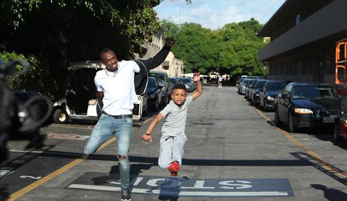 """""""Tia chớp"""" Usain Bolt chạy thua nhóc 8 tuổi - 4"""