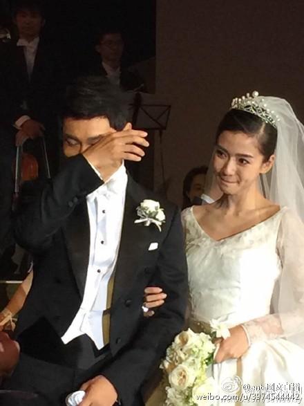 Hôn lễ Huỳnh Hiểu Minh, Angelababy ngập tràn nước mẳt hạnh phúc - 18