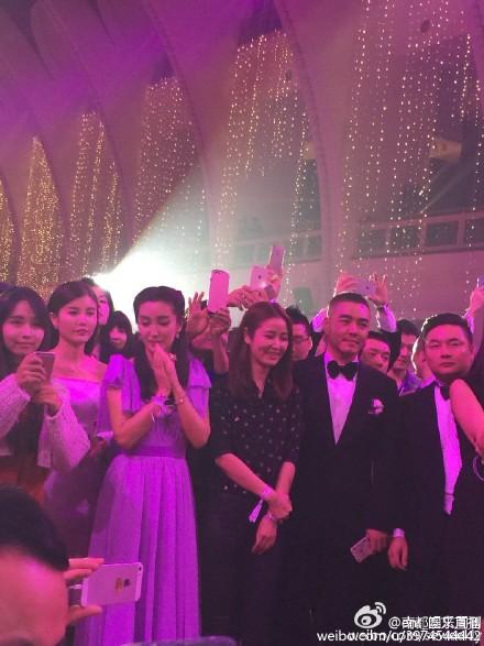Hôn lễ Huỳnh Hiểu Minh, Angelababy ngập tràn nước mẳt hạnh phúc - 13