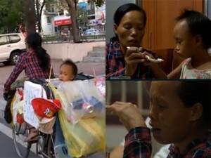 Xót xa bữa cơm hiếm hoi của hai mẹ con đồng nát