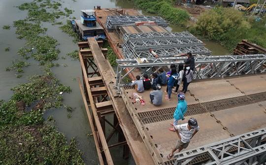 Khởi tố vụ tai nạn ở cầu tạm làm 1 người chết - 1