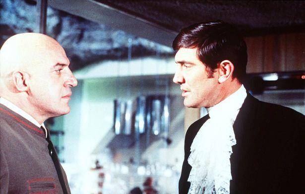 Daniel Craig bỏ túi 60 triệu USD cho vai James Bond - 2