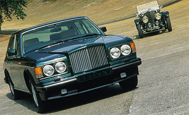 """Tình yêu xe hơi và đam mê đua xe tốc độ của """"Mr.Bean"""" - 7"""