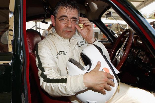 """Tình yêu xe hơi và đam mê đua xe tốc độ của """"Mr.Bean"""" - 14"""