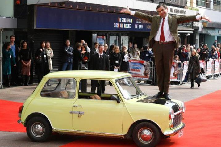 """Tình yêu xe hơi và đam mê đua xe tốc độ của """"Mr.Bean"""" - 9"""