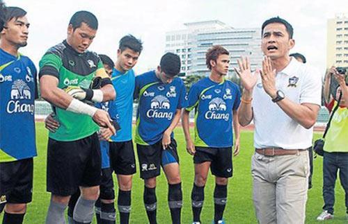 Đội Thái Lan đã nóng từ khi chưa đến Việt Nam - 1