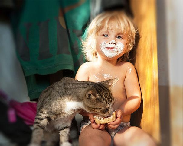 20 bức ảnh chứng tỏ bé nên có một bạn mèo - 2