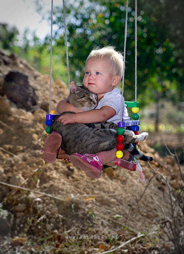20 bức ảnh chứng tỏ bé nên có một bạn mèo - 17