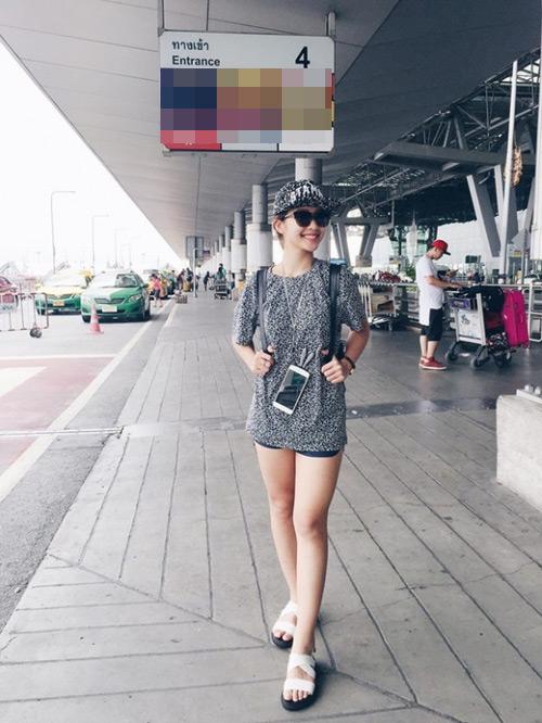 """""""Soi"""" thời trang của hot girl Việt ở sân bay đông đúc - 8"""